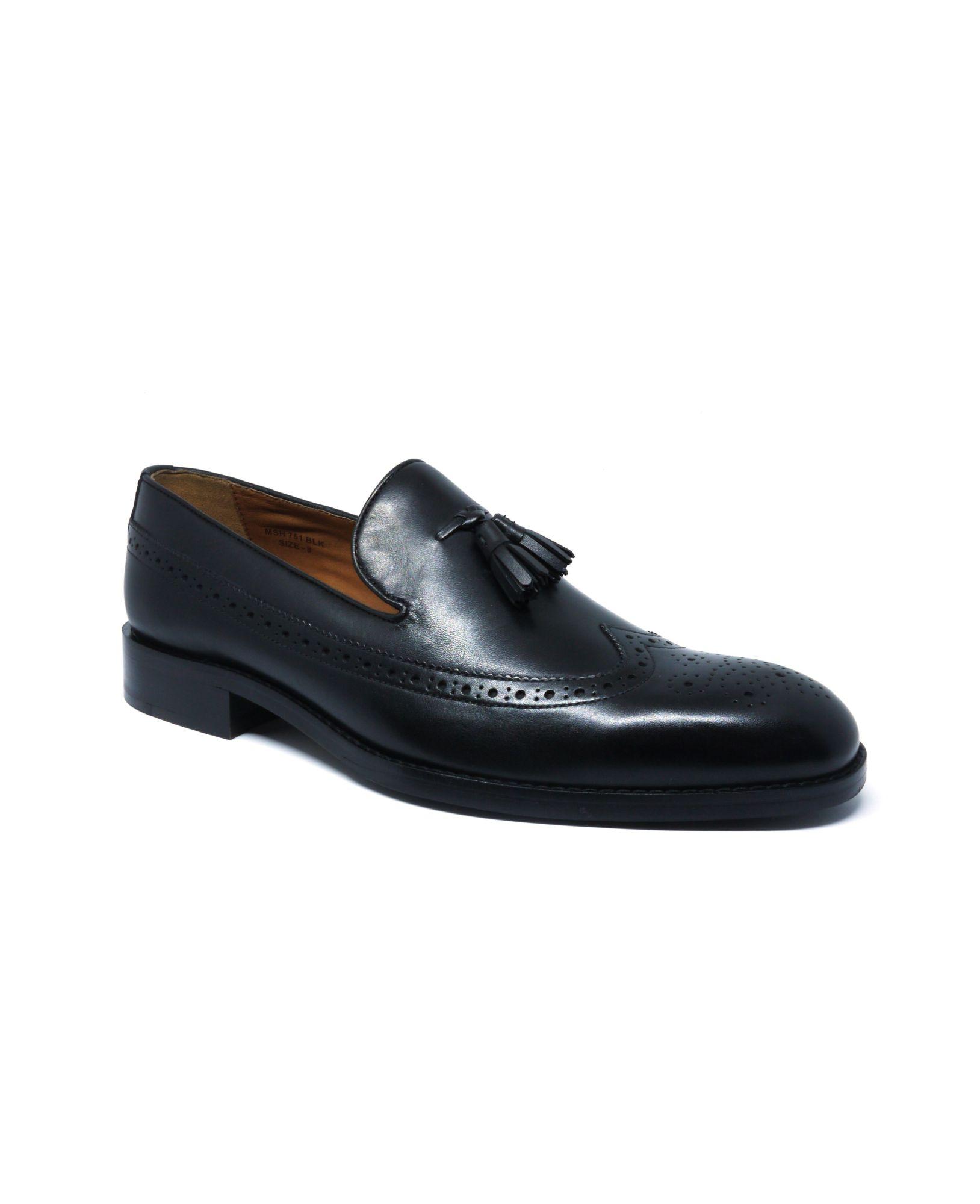 Black Leather Tasselled Loafers 11